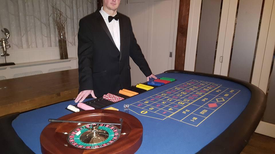 casino equipment to hire