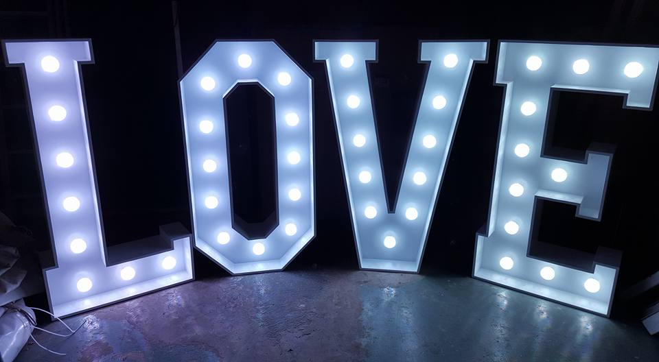 led love letter hire – dick ropa entertainments